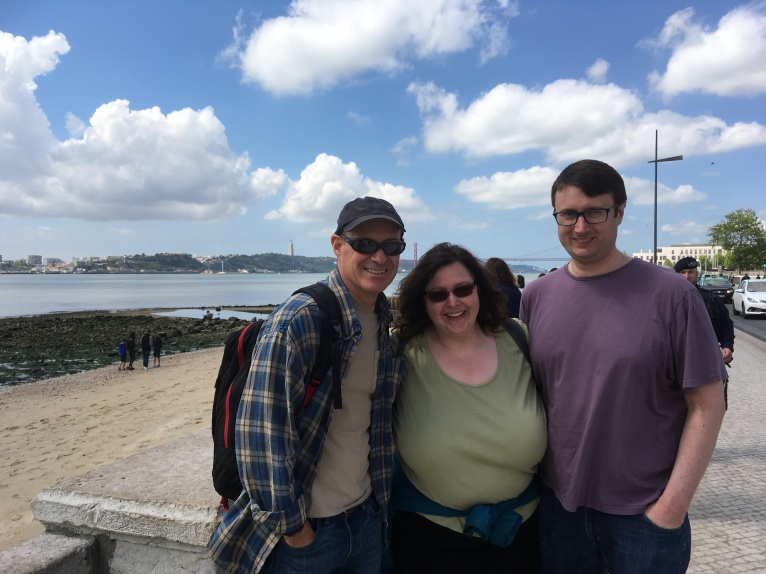 Lise, surrounded by Chris's near the Tagus River